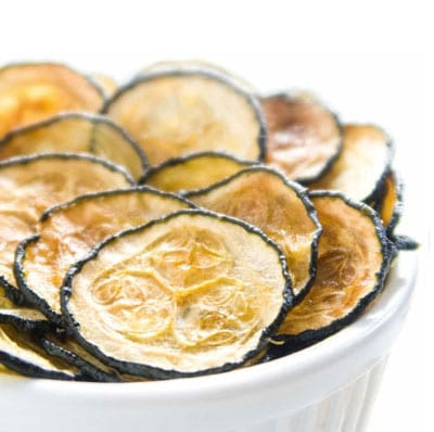 5 dehydrator recipes for vegetarians and vegans dehydrator spot zucchini chips forumfinder Images